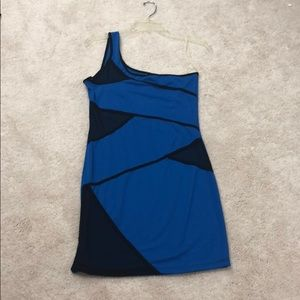 🆕 NWT Blue and black one shoulder dress